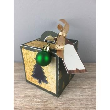 Boîte cube sapin
